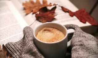 Blog - 6 audiobooków na jesień – nowości idealne na długie wieczory i chandrę